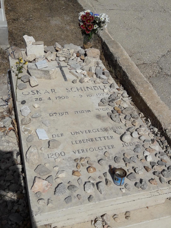 Oskar Schindler grave