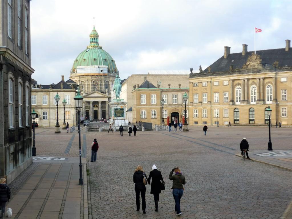 amalienborg-palace
