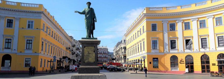 Duc de Richelieu statue Prymorsky Boulvard Odessa