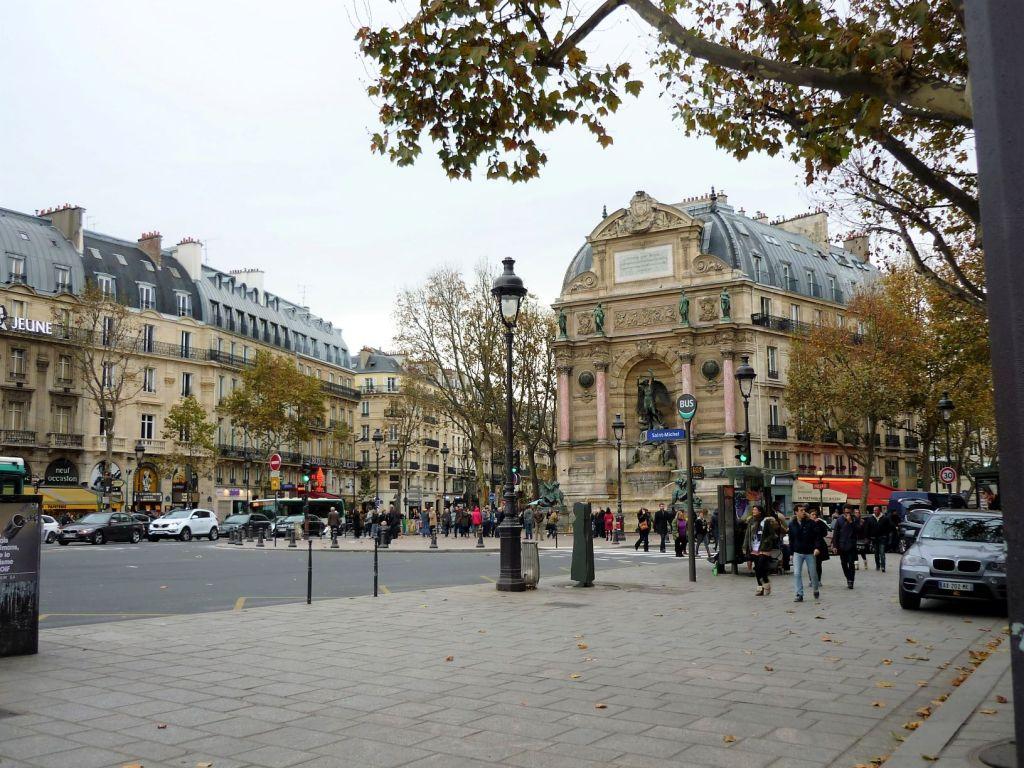 Place Saint-Michel Paris